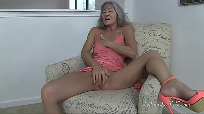 2-bit reccomend mature thick pawg milf gilf
