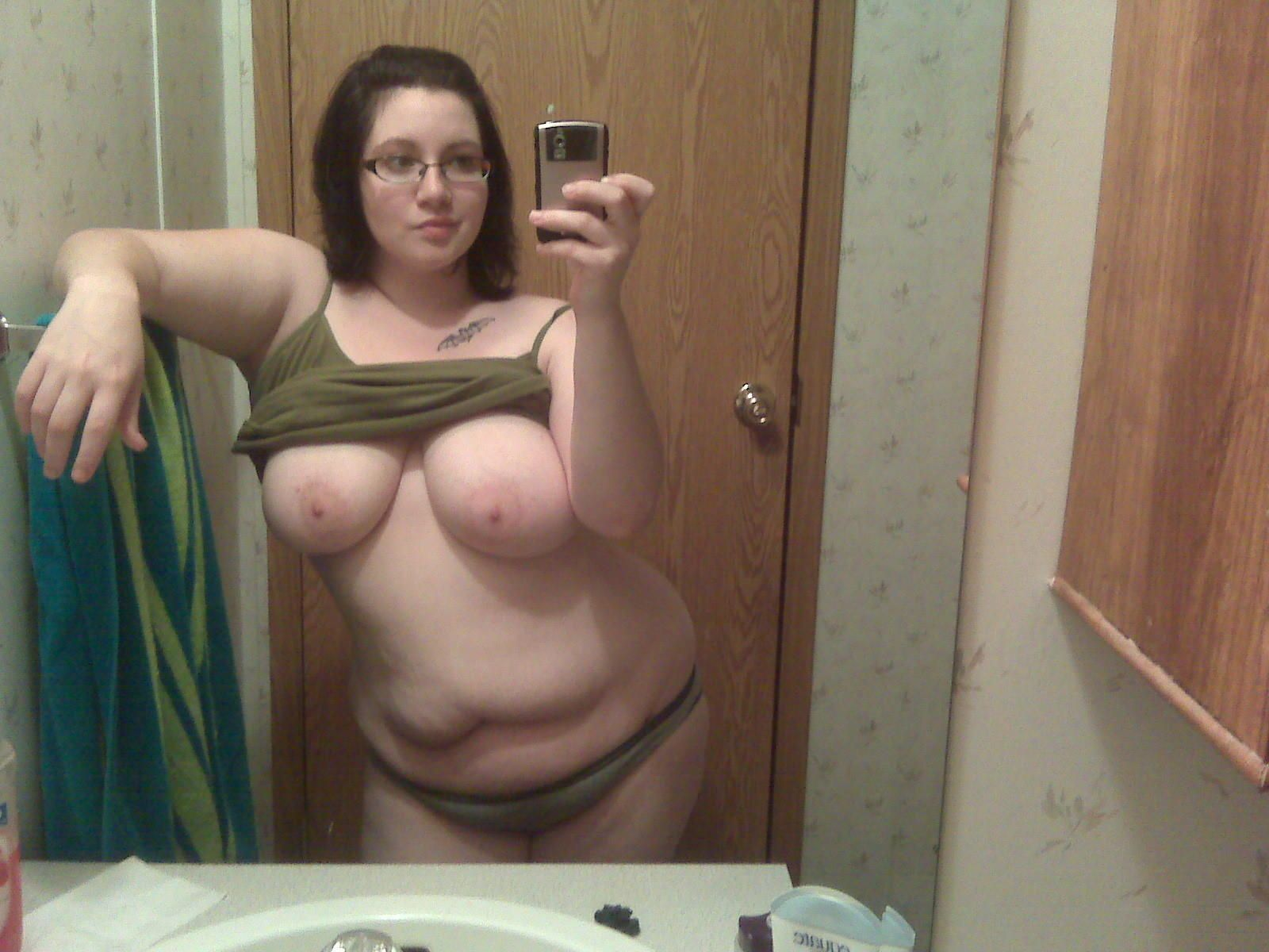 Fat nude mirror pics not very