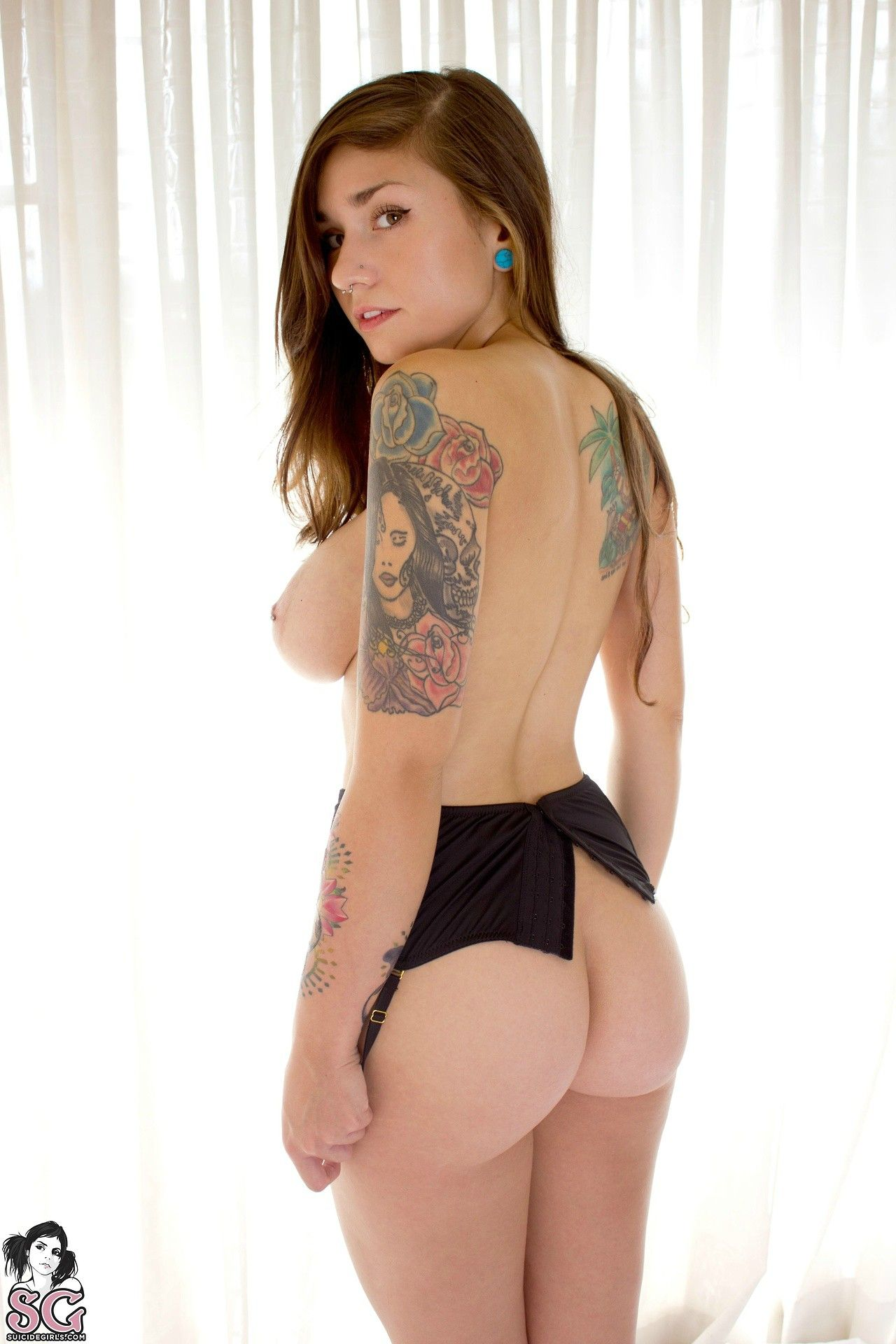 Specter reccomend Suicide girls butt naked