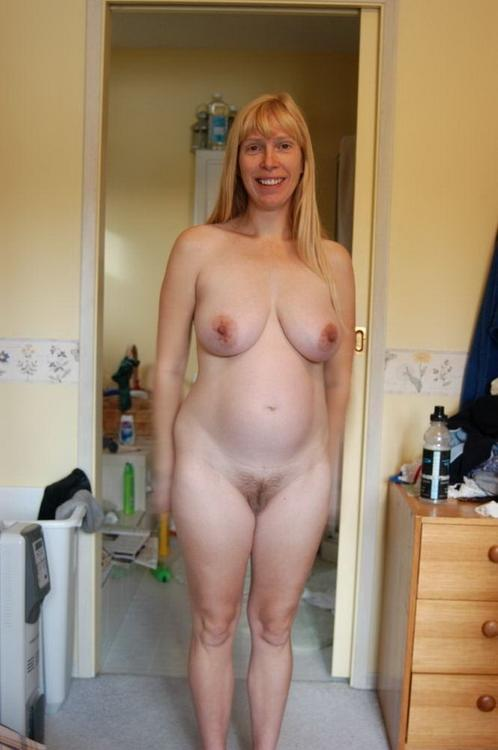 Was naked moms home photos