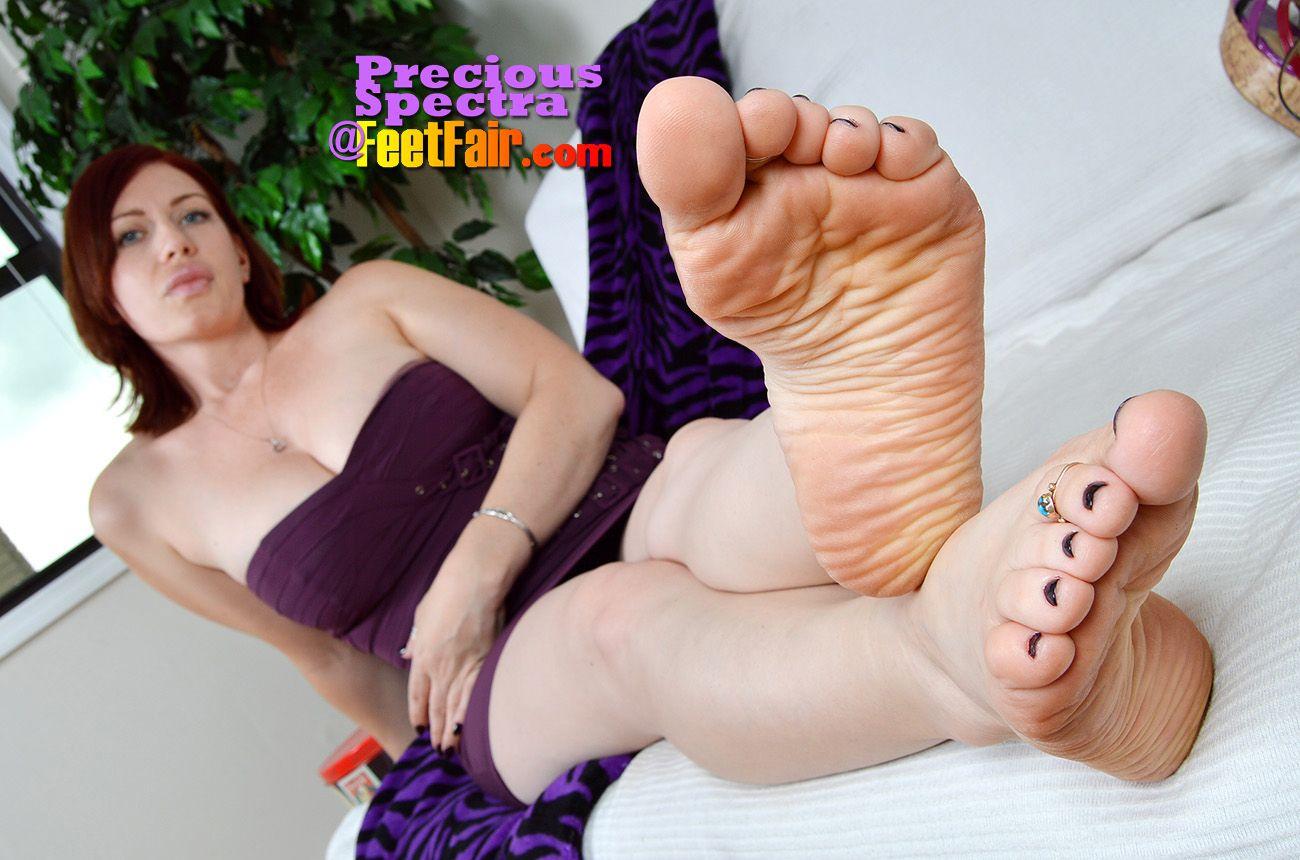 Tara lind feet fair girls