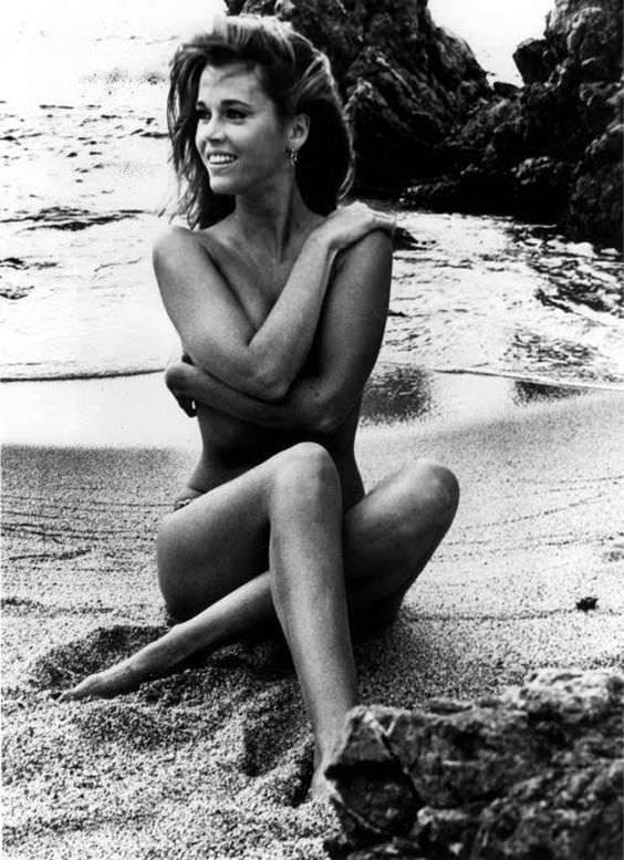 Jane fonda when she was young naked