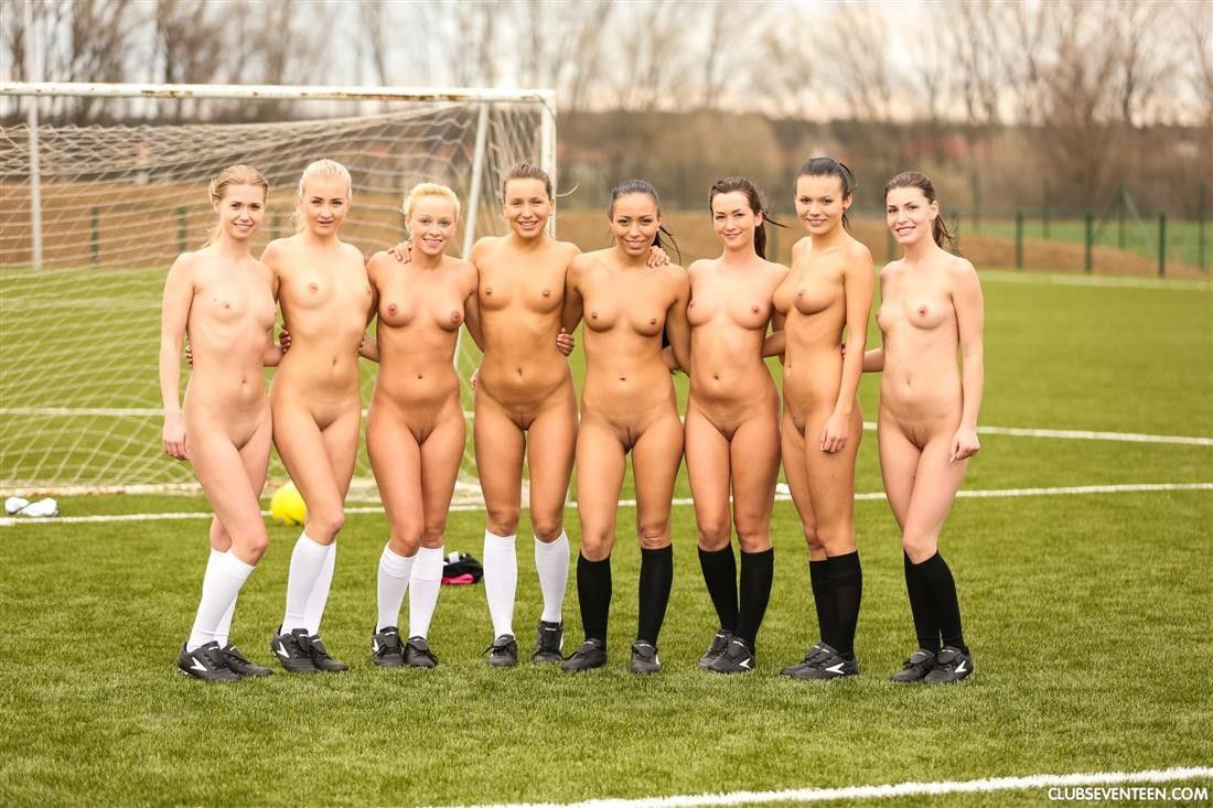 Women Soccer Players Nude#3