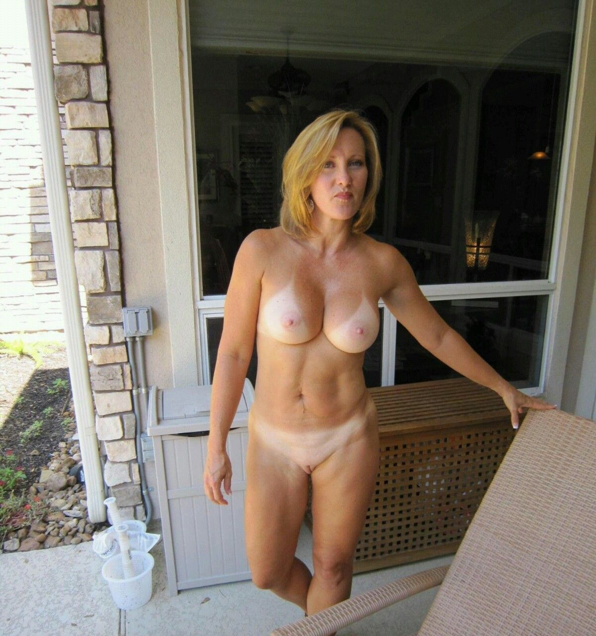 Blonde girl nude exercise