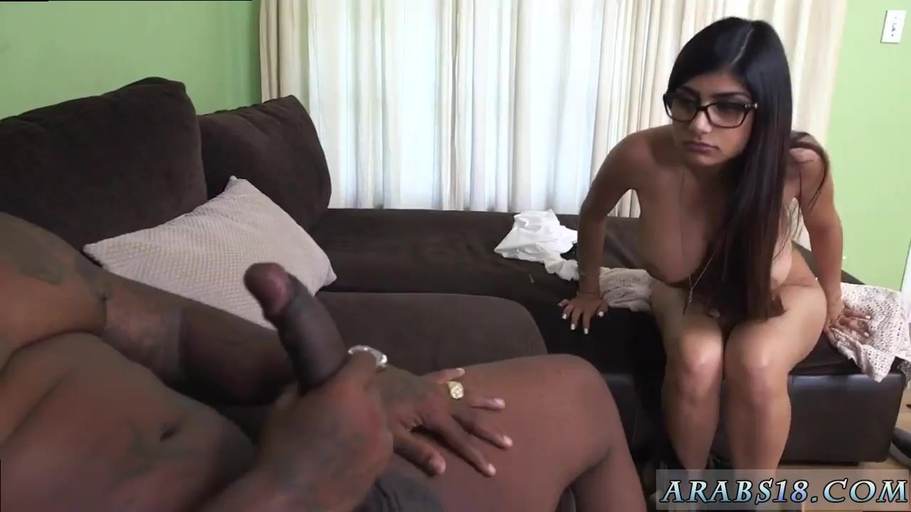 Free video clips tiny pron suking