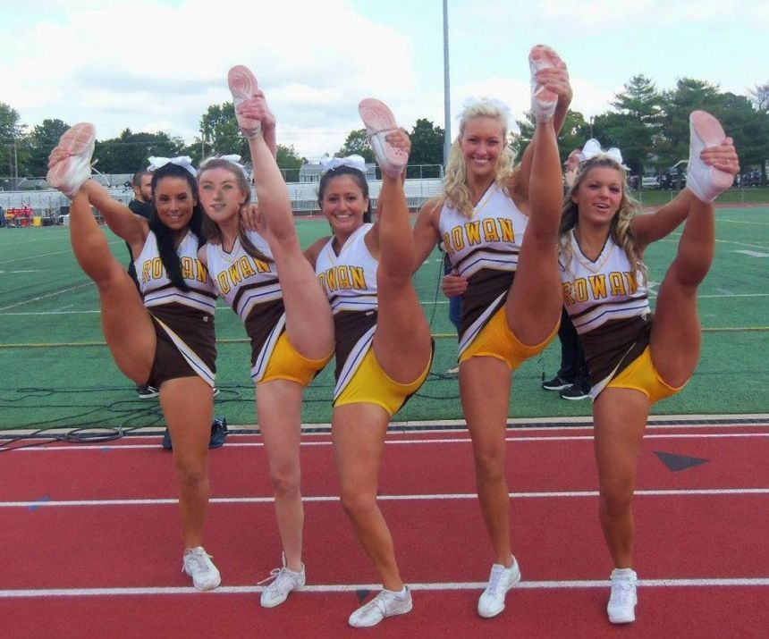 Voyeur cheerleaders blogs