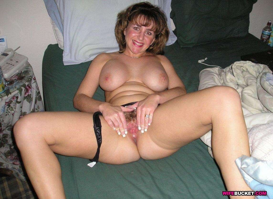 Amateur Mature Porn Gallery sultry mature | nice hair cuts