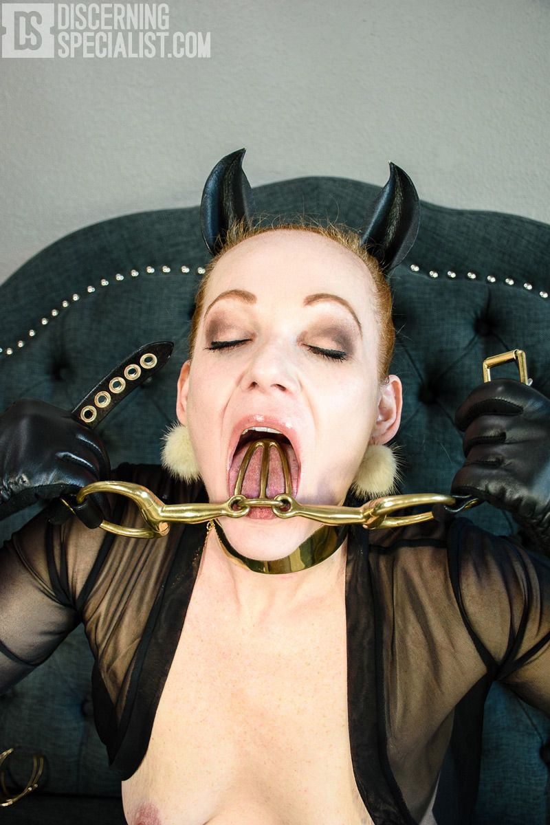 Bdsm story holes with tounge