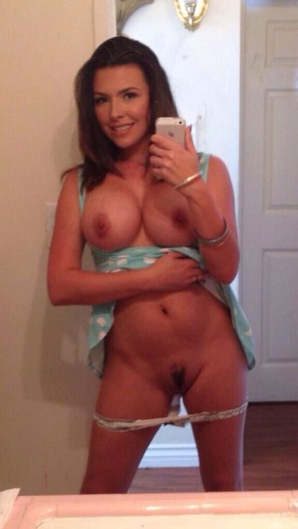 Tackle reccomend Hot milf naked selfies