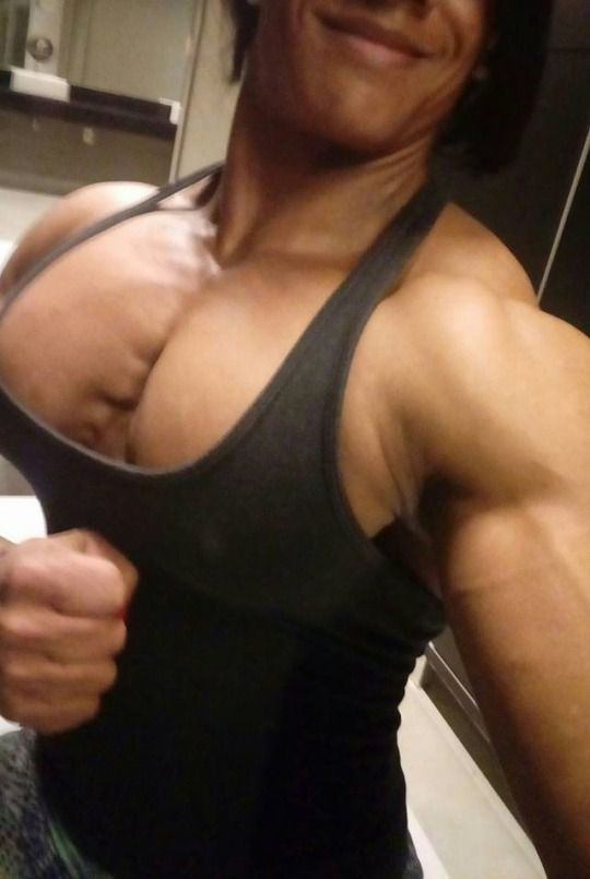 Bodybuilder muscle clit
