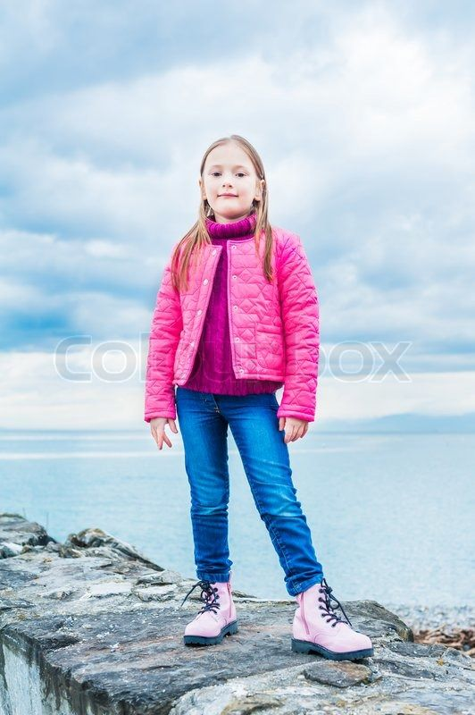 Knee-Buckler reccomend Images of young girls wearing jeans