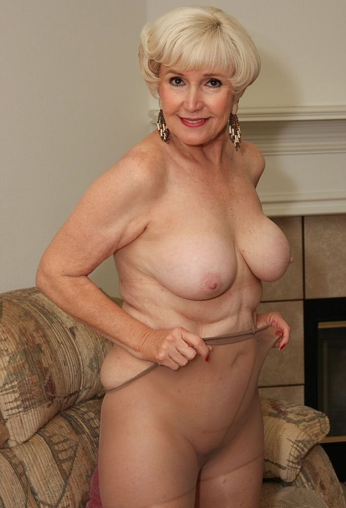 Granny sexy pics gallery more grandmother porn ...