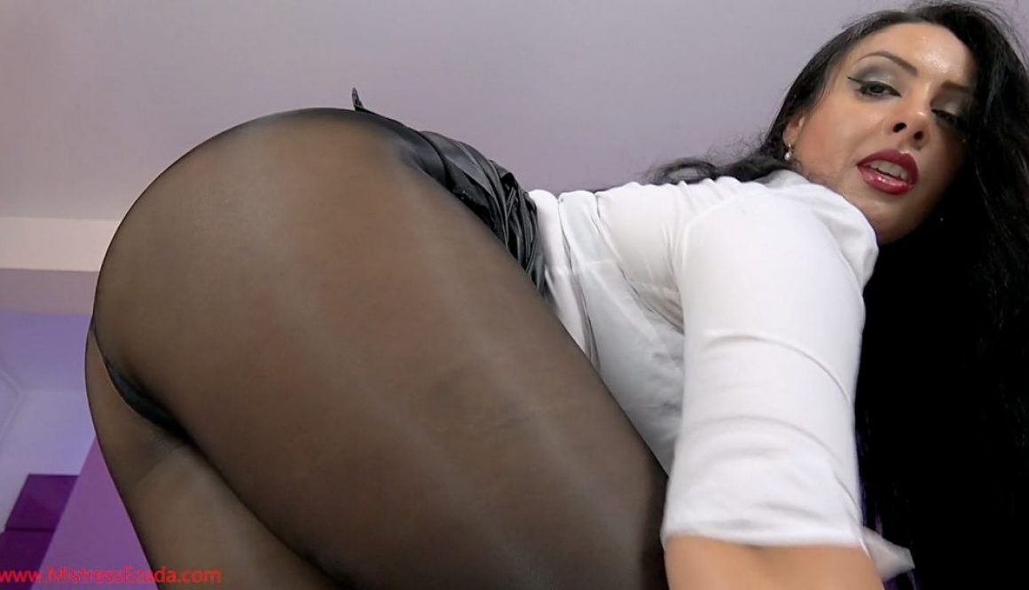 Wife uses chastity and pantyhose